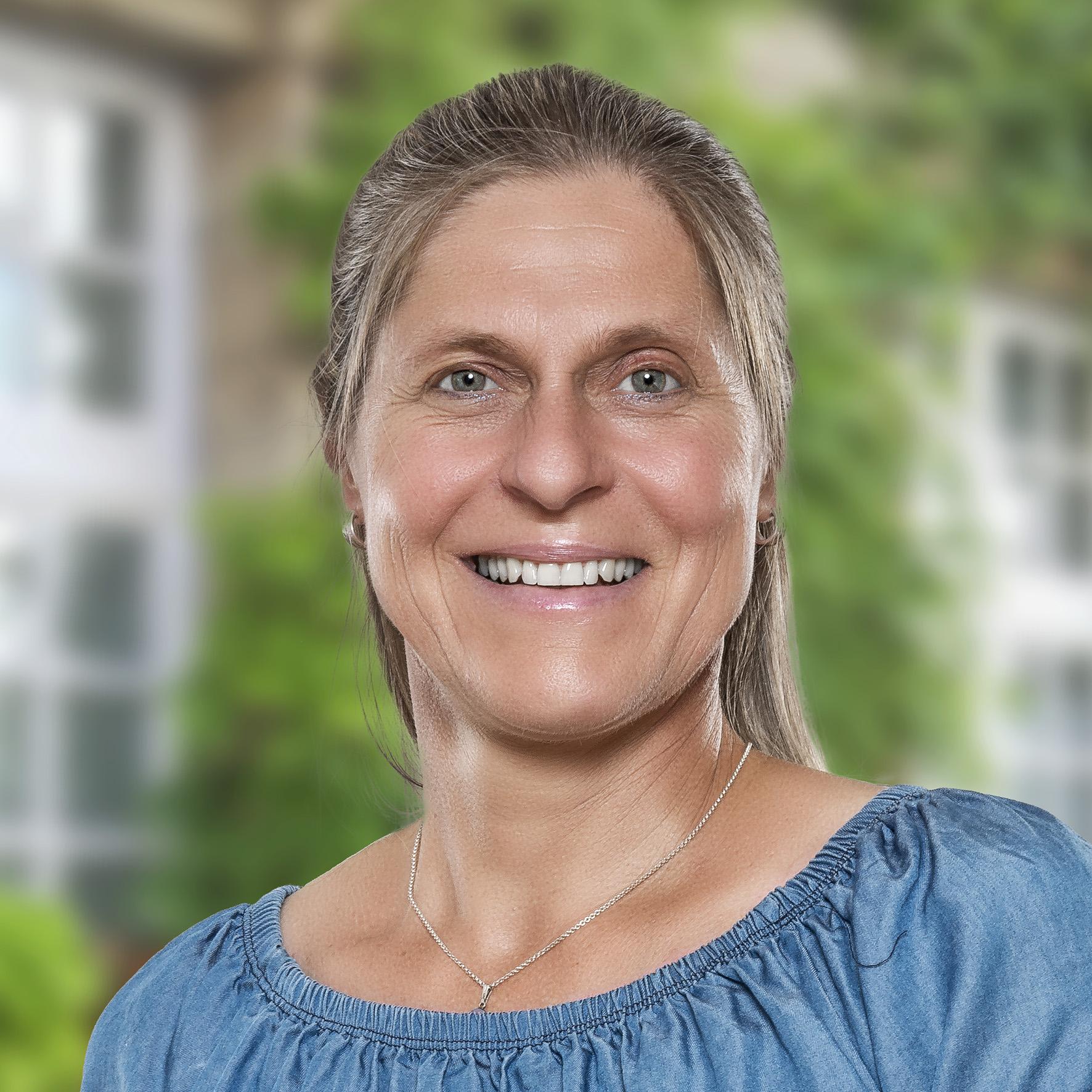 Stefanie Herold